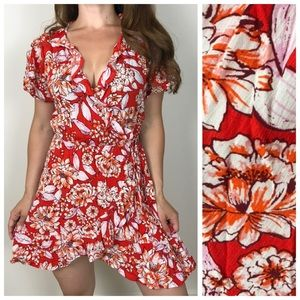 NWT ELODIE Bright Floral Ruffle Wrap Dress Medium
